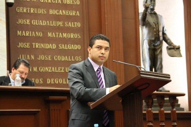 Presenta Olivio López iniciativa para Personas con Discapacidad