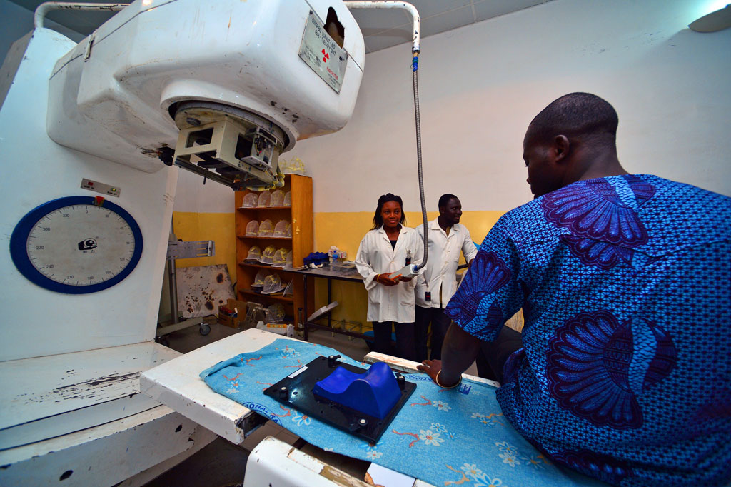 Los países de ingresos medios y bajos sólo acceden a un 5% de los fondos contra el cáncer
