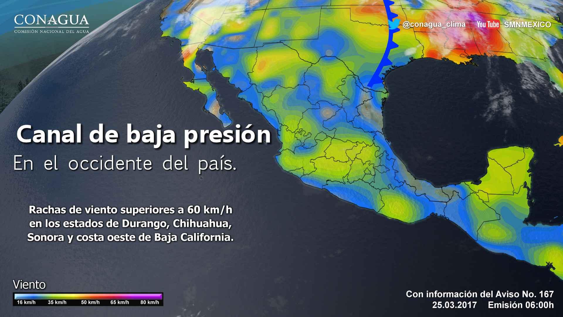 En el Pacífico Centro: Cielo medio nublado. Intervalos de chubascos en Michoacán. Ambiente muy caluroso. Viento del noroeste de 15 a 30 km/h
