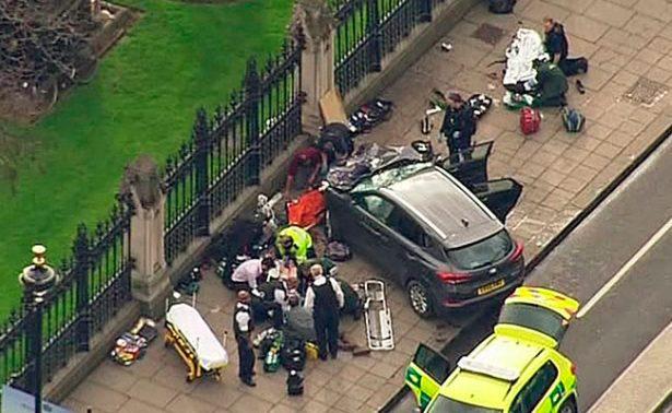 Cuatro muertos y 20 personas heridas dejó el ataque cerca del Parlamento en Londres