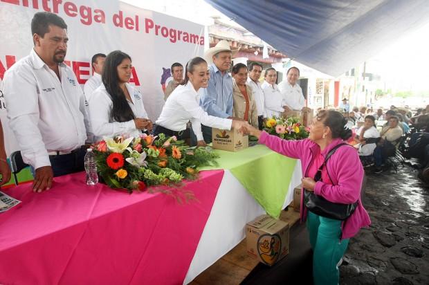 Sí Alimenta y Beca Futuro apoyan a casi 20 mil morelianos: Sepsol