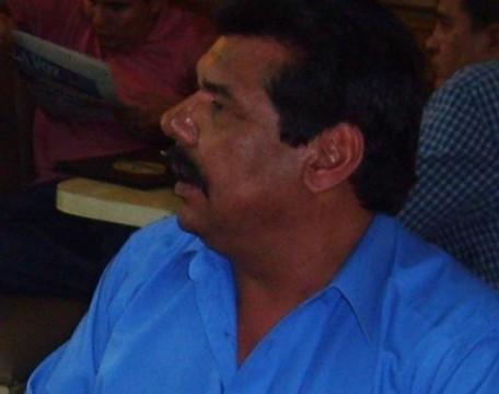 Armando Saavedra, ahuizote.com