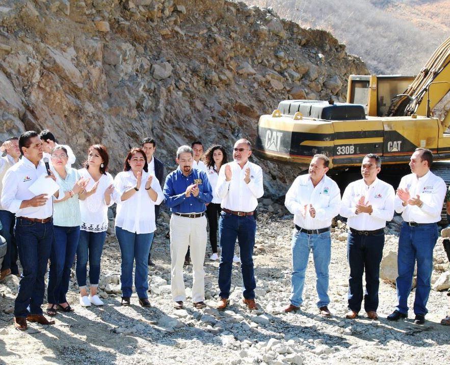 Revisa Secoem obras implementadas en la región Sierra-Costa