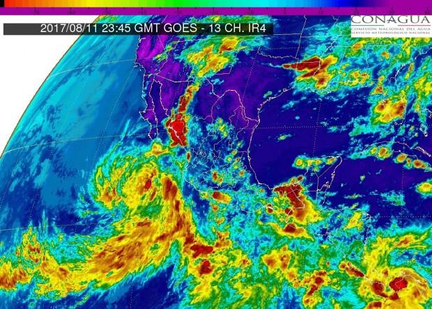 Para esta noche de viernes, se prevén tormentas muy fuertes en  Michoacán