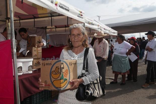 Atiende  Sedesoh a más de 2 mil morelianos con las Caravanas Cerca De Ti