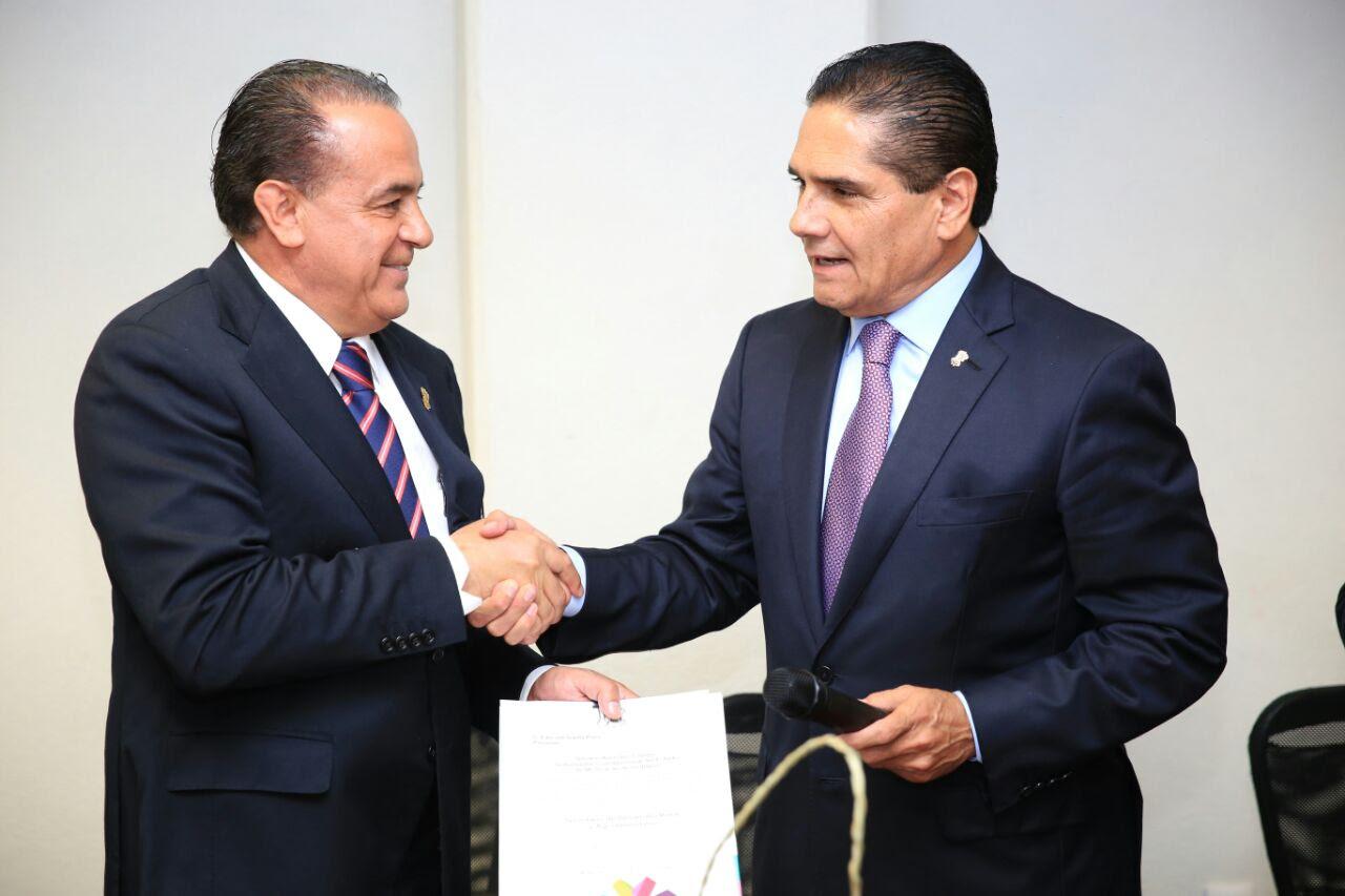 Entrega Gobernador nombramiento a Pascual Sigala como titular de la Sedrua