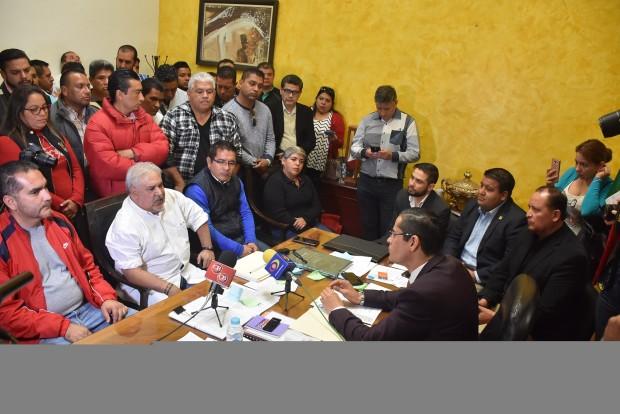 Poder Legislativo abierto al diálogo con universitarios : Villegas