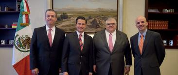 Peña Nieto designó como Gobernador del Banco de México a Alejandro Díaz de León Carrillo