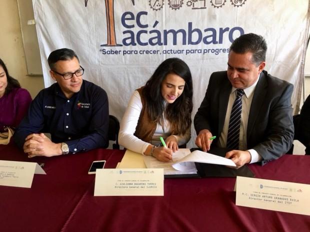 Firman convenio para incluir a los jóvenes de Tacámbaro en el sector laboral