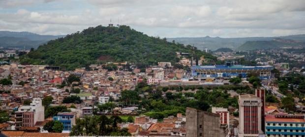La policía de Honduras usó una fuerza excesiva y letal para reprimir las protestas