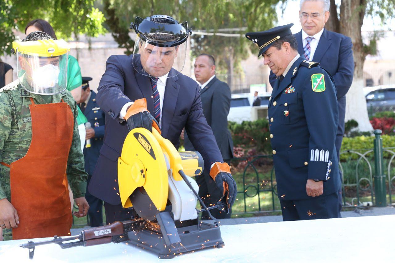 Encabeza Gobernador destrucción de armas decomisadas en Guanajuato, Querétaro y Michoacán