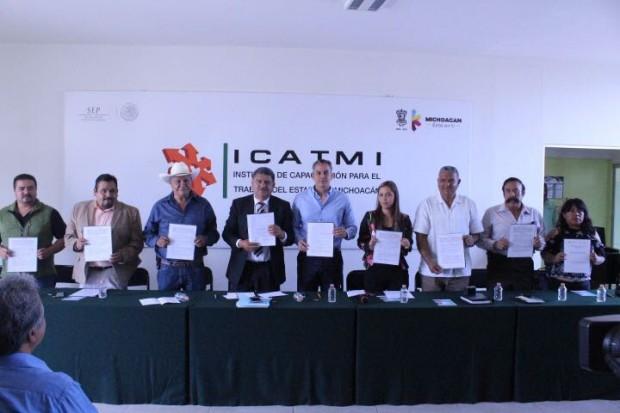 Lleva Icatmi capacitación laboral a municipios