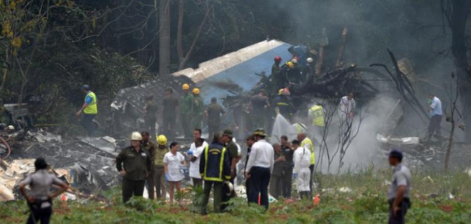 Cae avión en Cuba y hay más de 110 muertos