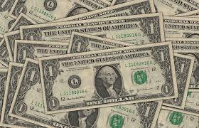 El dólar se vende en ventanillas bancarias hasta en 19.35 pesos este martes