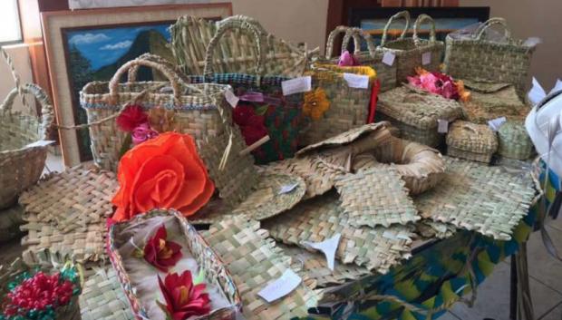 Brinda IAM capacitación para artesanas de Zacapu