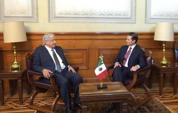 Acuerdan AMLO y Peña Nieto realizar transición del Poder Ejecutivo
