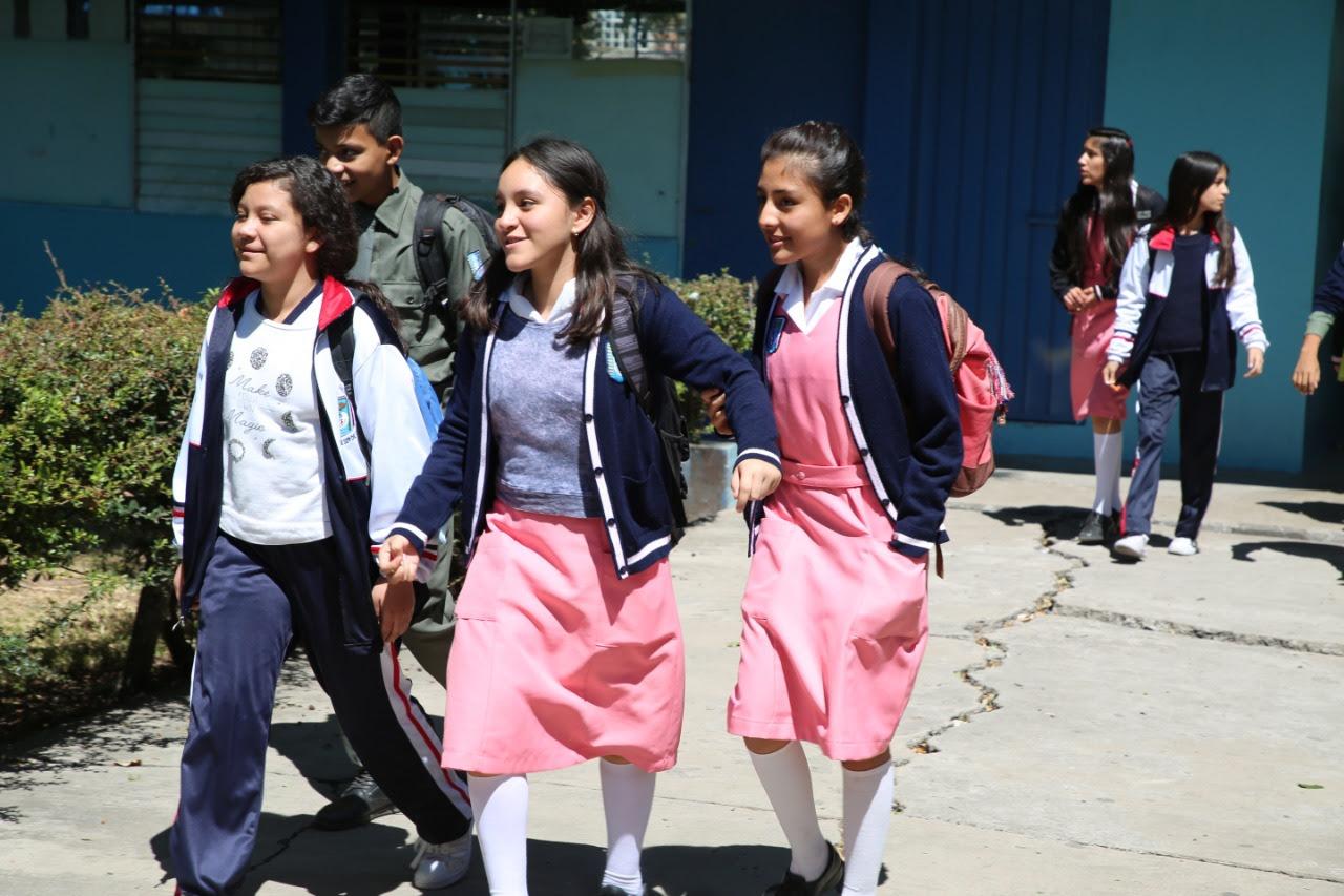 Un millón 299,590 mil estudiantes inician el ciclo escolar 2018-2019
