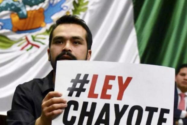 Nueva Ley de Comunicación y derogar la 'Ley chayote' del PRI, propone MORENA