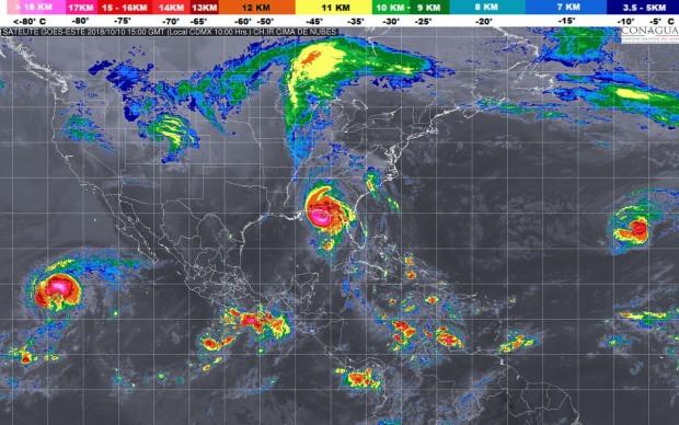 Intervalos de chubascos con tormentas puntuales fuertes (25 a 50 mm) en zonas de Michoacán, este miércoles