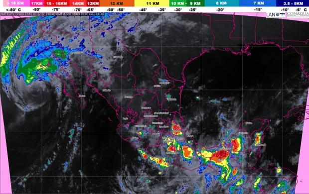 Intervalos de chubascos con tormentas puntuales fuertes (25 a 50 mm) en Michoacán, esta noche de jueves