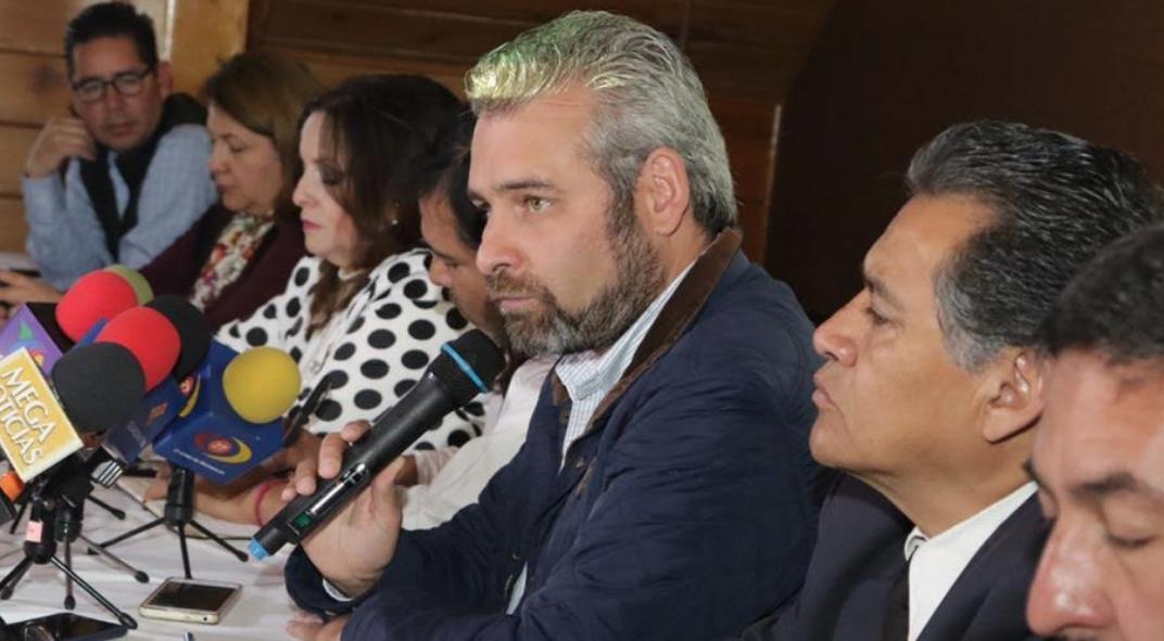 Diputados de Morena promueven reforma para anular impuestos en Michoacán
