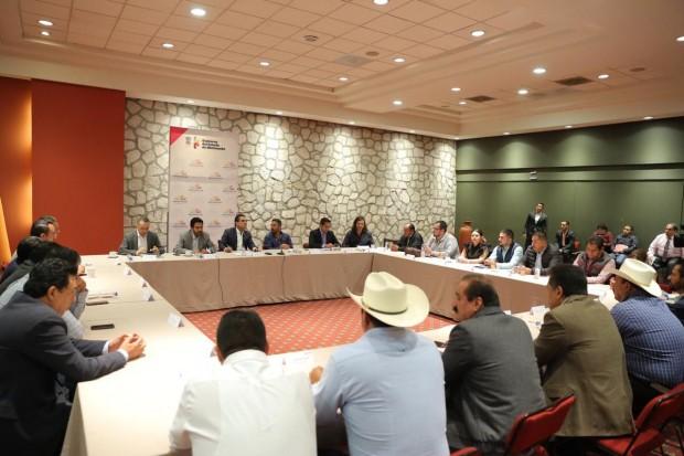 Silvano Aureoles refrenda apertura y disposición de trabajo a presidentes municipales de MORENA y PT