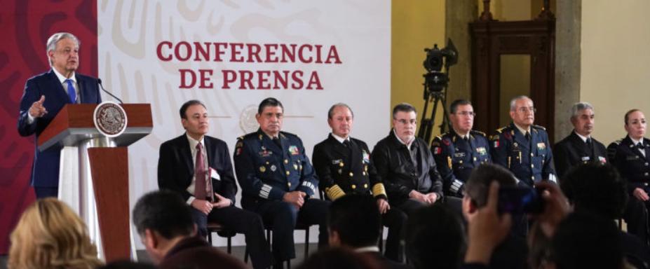 Presidente AMLO presenta a comandante de la Guardia Nacional e integrantes de órgano asesor