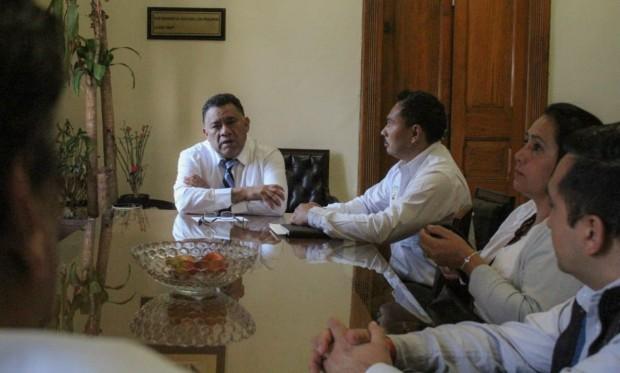 GP de Morena, un aliado de los trabajadores de la Junta de Caminos de Michoacán