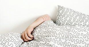 La Organización Mundial de la Salud invita a los jóvenes a abandonar el sedentarismo.
