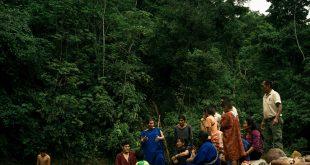Deyanira Mishari, , una líder indígena comunitaria en el Amazonas peruano